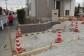 門柱とカースペースの土間の施工風景です。